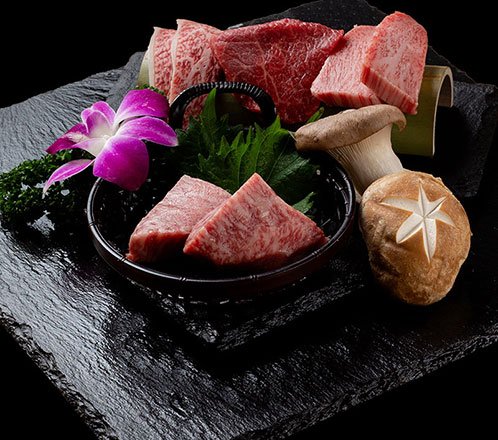 黒毛和牛焼肉(A5・A4)オーダーバイキング(食べ放題&飲み放題) ムーンストーンコース¥18,000