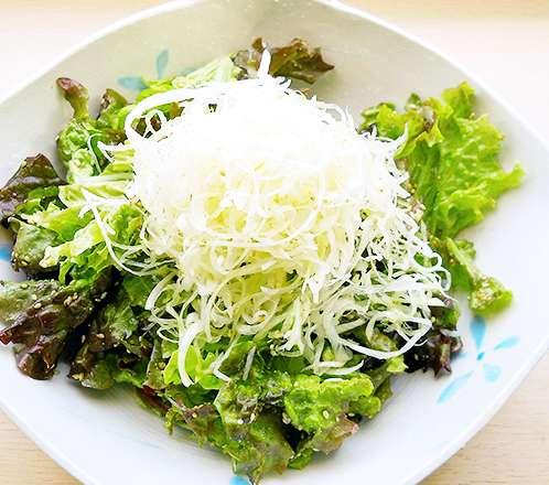 チシャバのゴマ塩サラダ