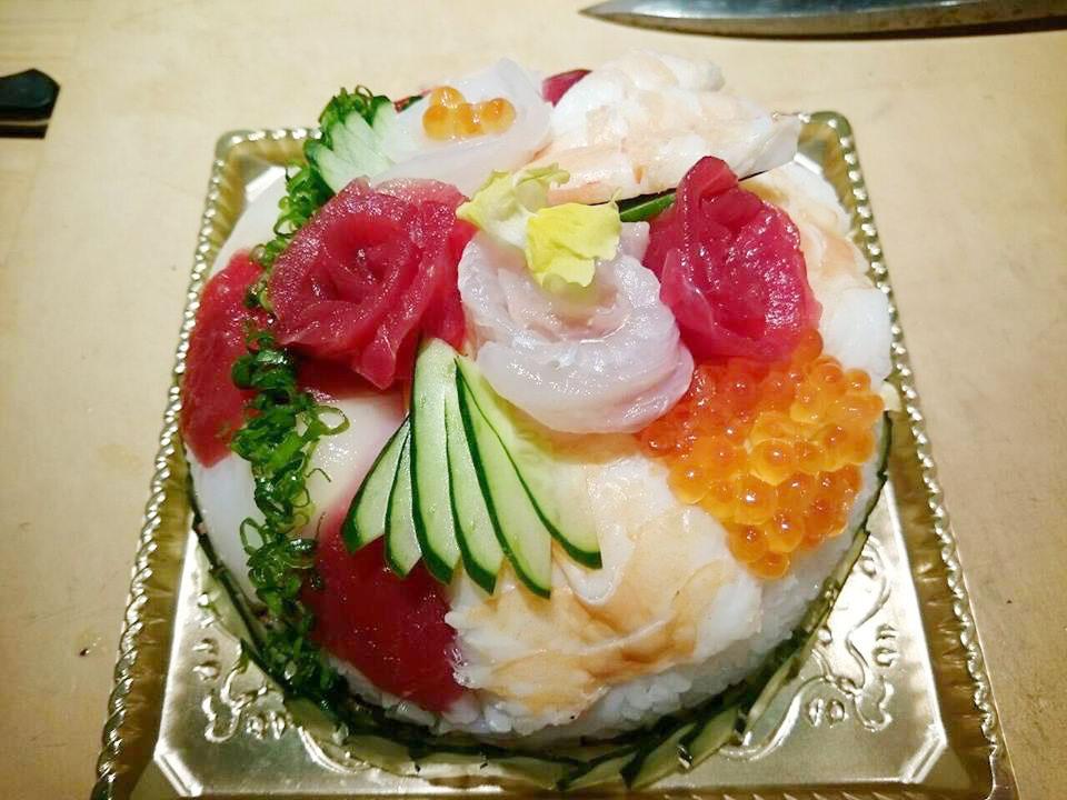 誕生日用デコレーション寿司