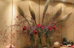 カウンターのお花