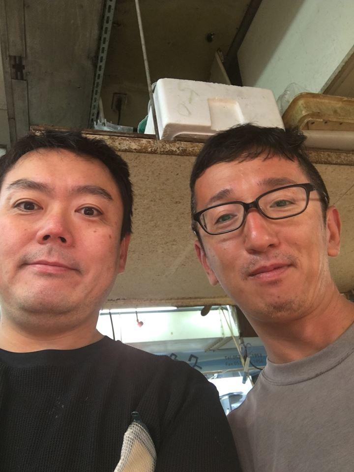松の下と伊藤さん(板前)