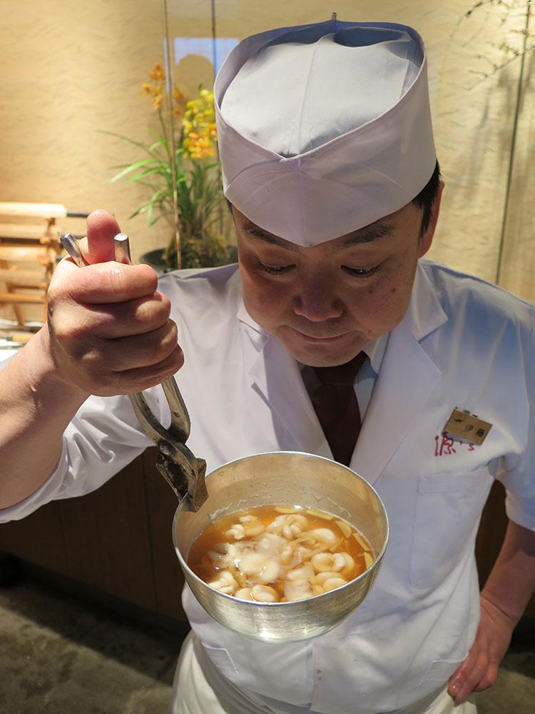 タラの白子、煮つけと伊藤さん(板前)